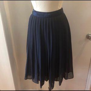 EUC H&M Chiffon Pleated Midi Skirt Navy Blue